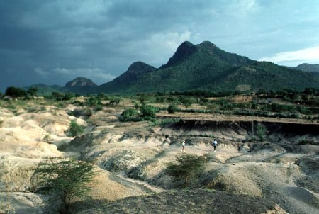 The Hard Stuff of Culture: Oldowan Archaeology at Kanjera South, Kenya