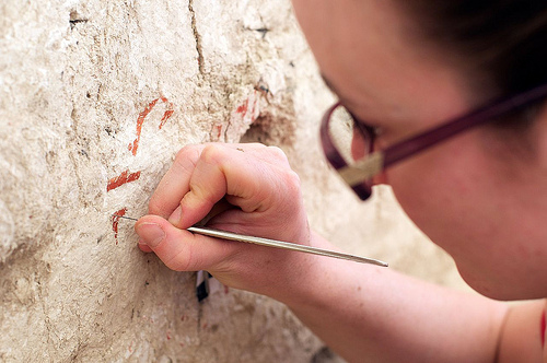 Revealing a Wall Painting