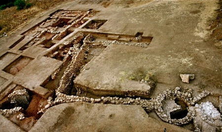 Unearthing the City of Agamemnon