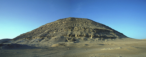 tombPanorama of the landscape of the Anubis-Mountain necropolis