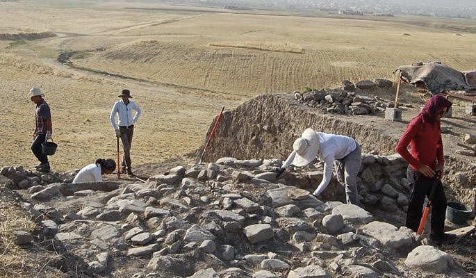 Revealing Early Bronze Age Village Life at Tel Yaqush