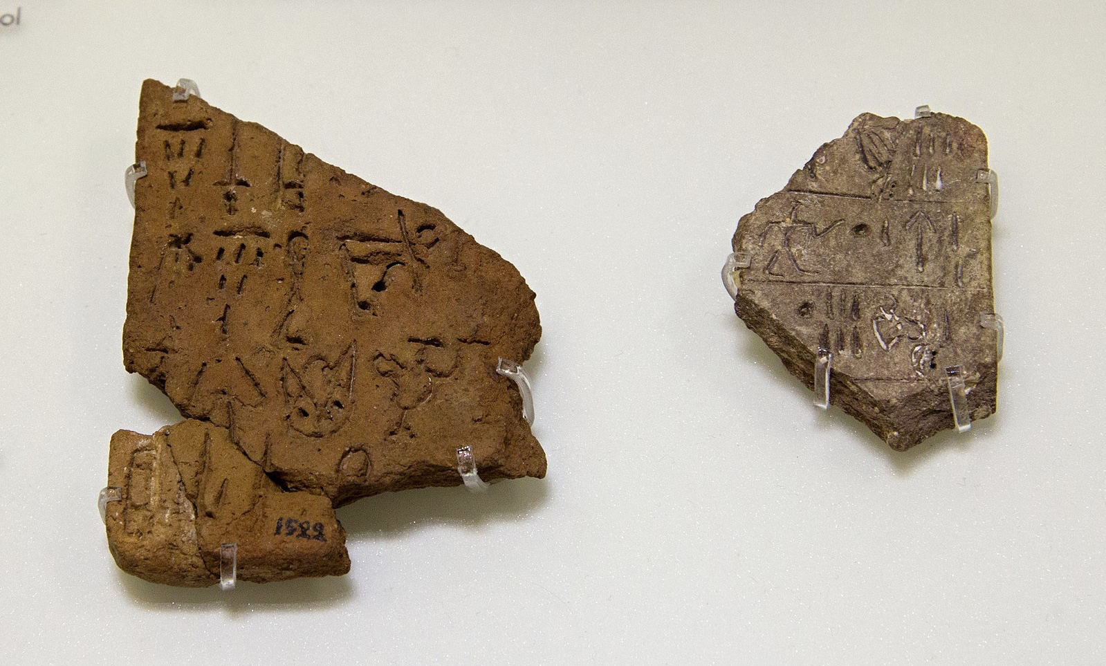 Book Review: Aegean Linear Script(s): Rethinking the Relationship between Linear A and Linear B